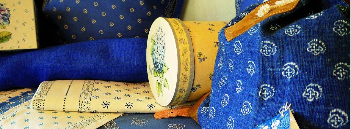 Traditioneller Blaudruck mit Indigo