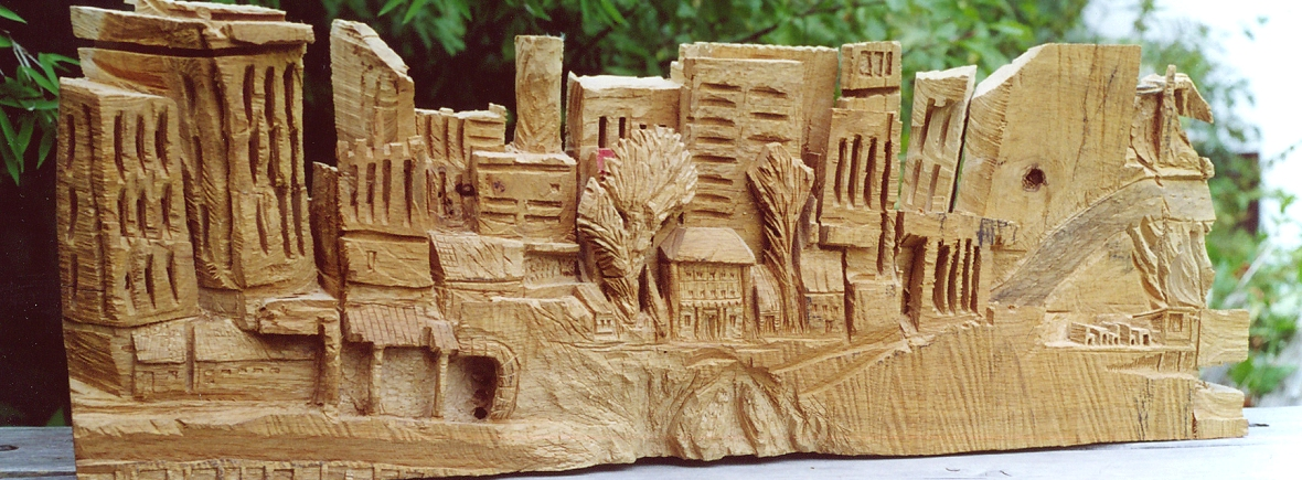 Holzskulptur, die bei einem Bildhauerei-Workshop im Grashöfle entstand